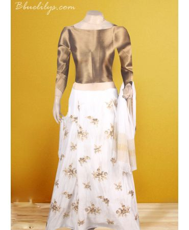 Chinnnon self embroidered skirt with gold antique bavenji and raw cotton top and dupatta
