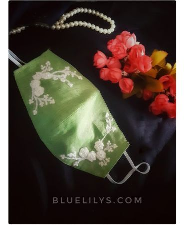 Linen green with embroidered mask